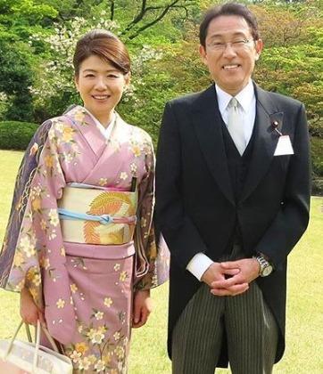 岸田文雄さんと岸田裕子さん