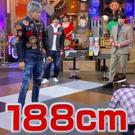 ラウールの身長が188㎝だと公表した画像