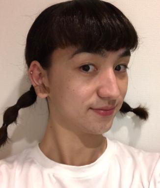髪型で遊ぶソーズビー