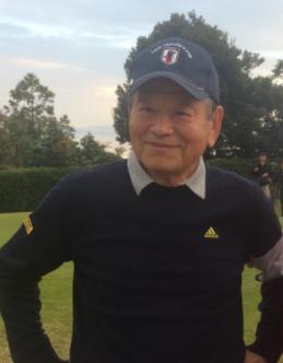 ゴルフ姿の川淵三郎