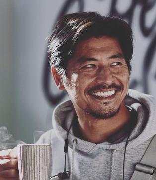 坂口憲二がコーヒー専門店を経営