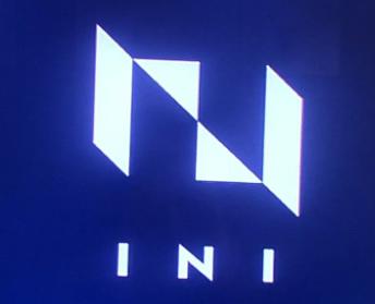 INIのロゴ