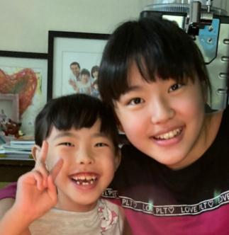 佐藤友香と姉