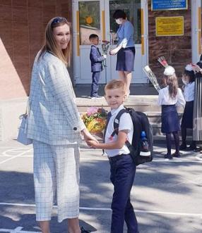 オルガ・リパコワと息子