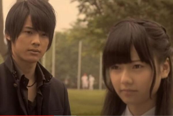 松村北斗と島崎遥香のバカレア高校共演画像