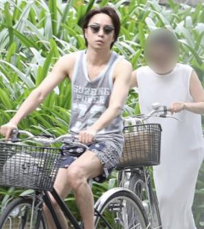 櫻井翔と高内三恵子のベトナム旅行